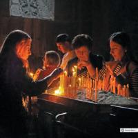 Palenie świec - Armenia Chor Wirap